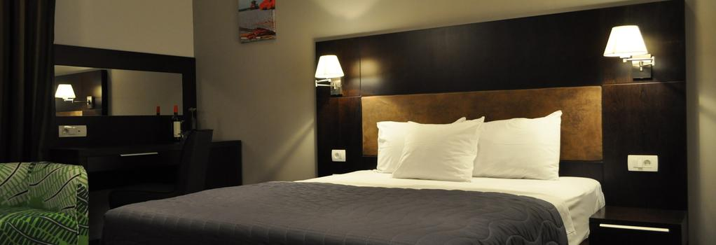 Hotel Dolce International - 스코페 - 침실