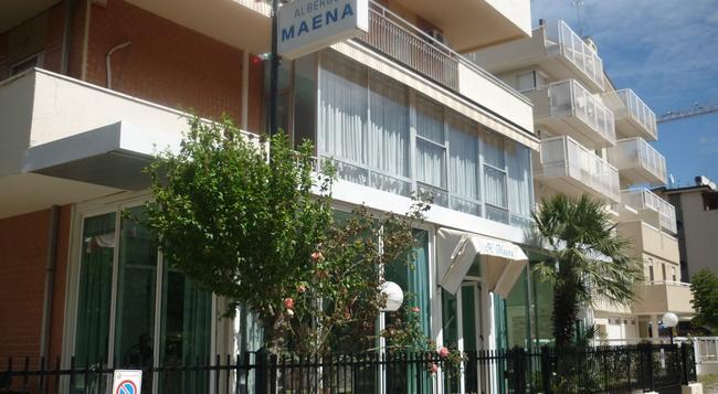 Hotel Maena - 리미니 - 건물