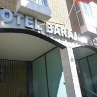 호텔 바라하스 프라자 FACHADA