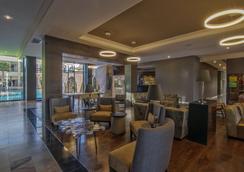 호텔 루세르나 시우다드 후아레스 - Ciudad Juarez - 로비