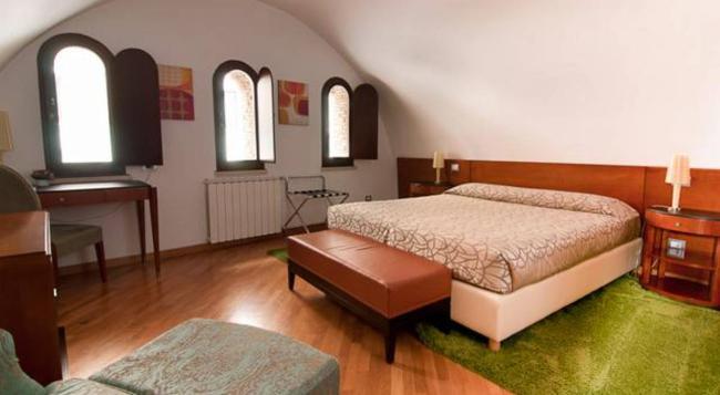 세인트 피터 식스 게스트하우스 - 로마 - 침실