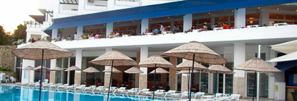 Mavi Kumsal Hotel - 보드룸 - 건물