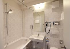 시티 호텔 베를린 미테 - 베를린 - 욕실