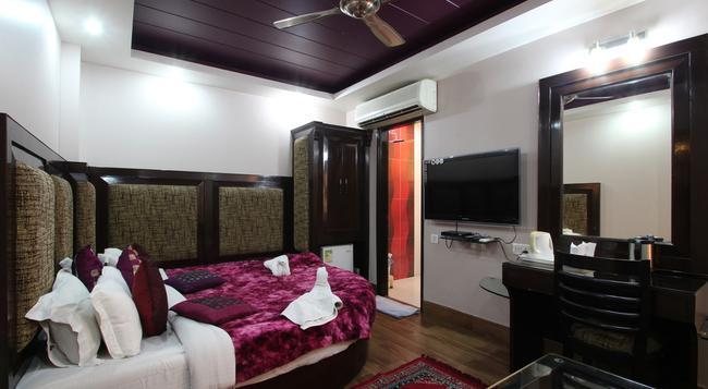 호텔 본론 인 - 뉴델리 - 침실