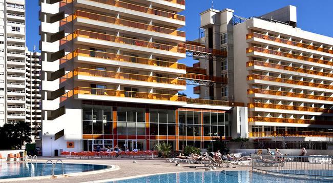 Hotel & Spa Dynastic - 베니도름 - 건물