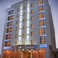 코스모폴리탄 호텔 두바이 Hotel Front - Evening/Night