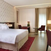 코스모폴리탄 호텔 두바이 Featured Image