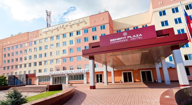 Benefit Plaza Congress Hotel - 보로네시 - 건물