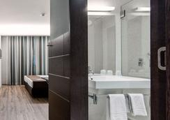 무브 호텔 포르투 센트로 - 포르투 - 침실