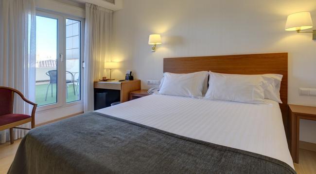 Hotel Ultonia - 지로나 - 침실