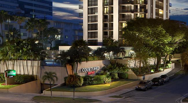 코트야드 마이애미 코코넛 그로브 - 마이애미 - 건물