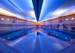 포인트 호텔 탁심 - 이스탄불 - 수영장