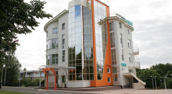 Dubrava Hotel - Cheboksary - 건물