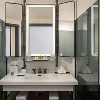 톰슨 시애틀 Bathroom