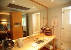 Hotel St Augustine - 마이애미비치 - 욕실