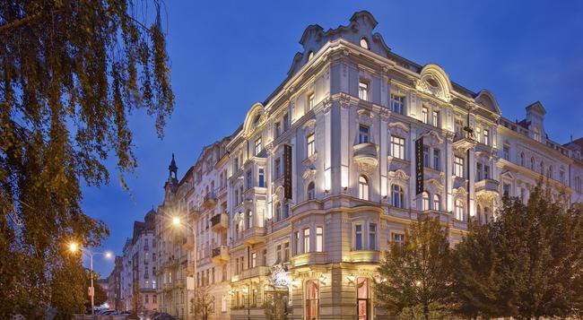 마메이슨 호텔 리버사이드 프라하 - 프라하 - 건물