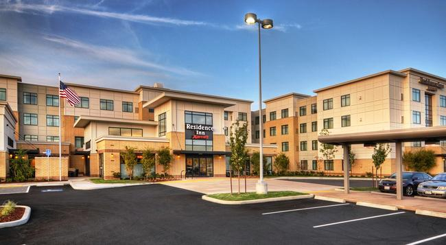 Residence Inn by Marriott Portland Airport at Cascade Station - 포틀랜드 - 건물