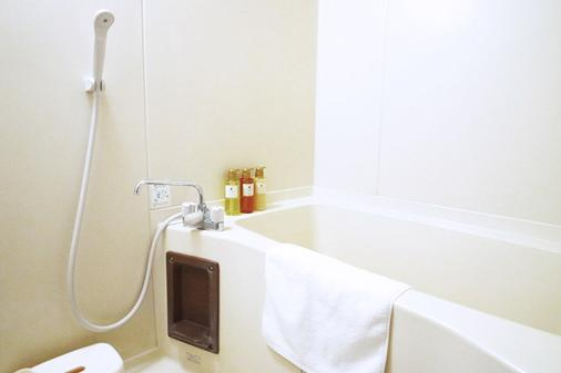 호텔 마이스테이즈 오테마에 - 오사카 - 욕실
