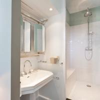 1에르 에타주 마레 Bathroom