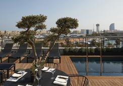 호텔 더 세라스 - 바르셀로나 - 수영장