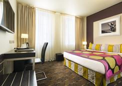 호텔 엠 - 파리 - 침실
