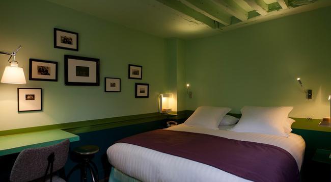 호텔 크래용 바이 엘레강시아 - 파리 - 침실