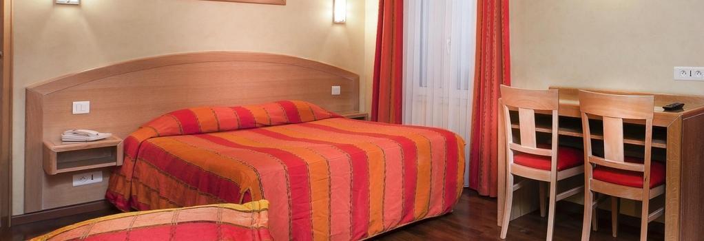 호텔 드 엘'유럽 - 파리 - 침실