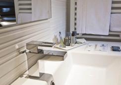 호텔 가랑스 - 파리 - 욕실