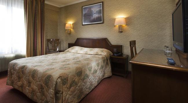 호텔 메스레이 리퍼블리크 - 파리 - 침실
