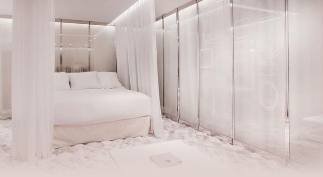 세븐 호텔 - 파리 - 침실