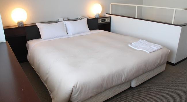 호텔 썬루트 뉴 삿포로 - 삿포로 - 침실