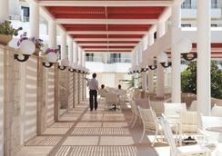 Louis Phaethon Beach - 파포스 - 레스토랑