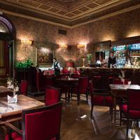 그랜드 호텔 플라자 Hotel Bar