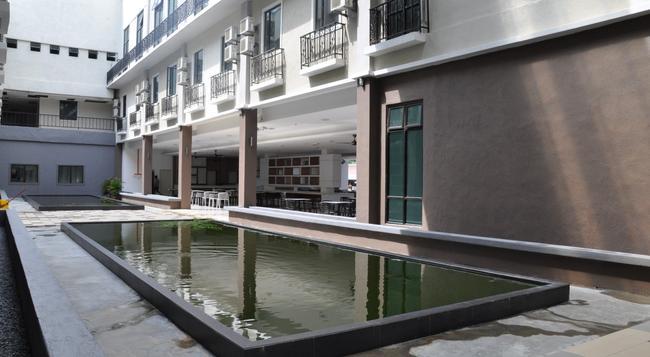 테마섹 호텔 - 멜라카 - 건물