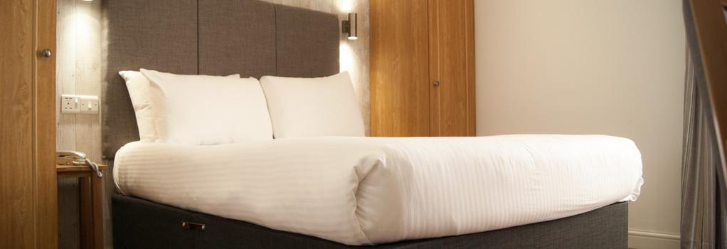 Ocean Beach Hotel & Spa - 본머스 - 침실