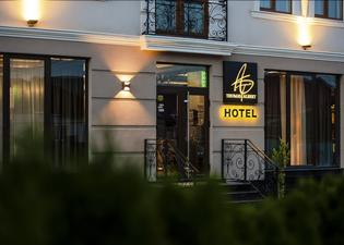 Thomas Albert Hotel