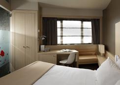 호텔 드 브리엔 - 툴루즈 - 침실