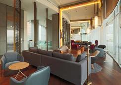 Hotel Cumbres Vitacura - 산티아고 - 라운지