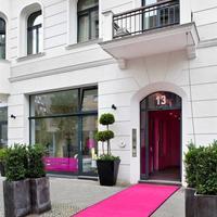 럭스 11 베를린 미테 Hotel Entrance