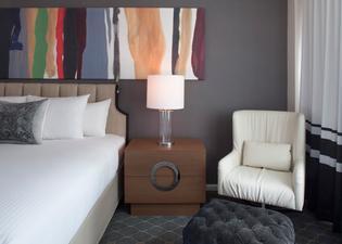 피프티 NYC-아피니아 호텔
