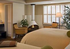 Casa Munras Garden Hotel & Spa - 몬터레이 - 침실