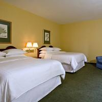 St. Louis City Center Hotel Guest room