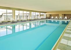 St. Louis City Center Hotel - 세인트루이스 - 수영장