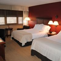 Adams Mark Hotel And Conference Center Guestroom