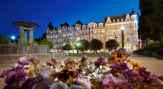 Orea Spa Hotel Palace Zvon - Marianske Lazne - 건물