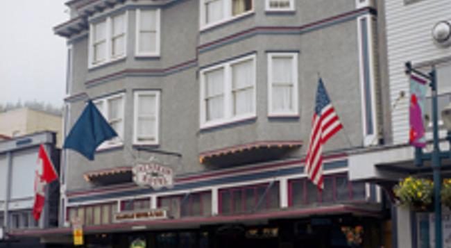 Alaskan Hotel and Bar - 주노 - 건물