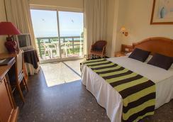 Hotel Tropicana - 토레몰리노스 - 침실