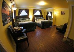 Pegasus International Hotel - 키웨스트 - 침실
