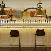 H10 콘쿠이스타도르 Hotel Bar