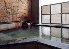 호텔 몬토레 라 스루 오사카 - 오사카 - 수영장